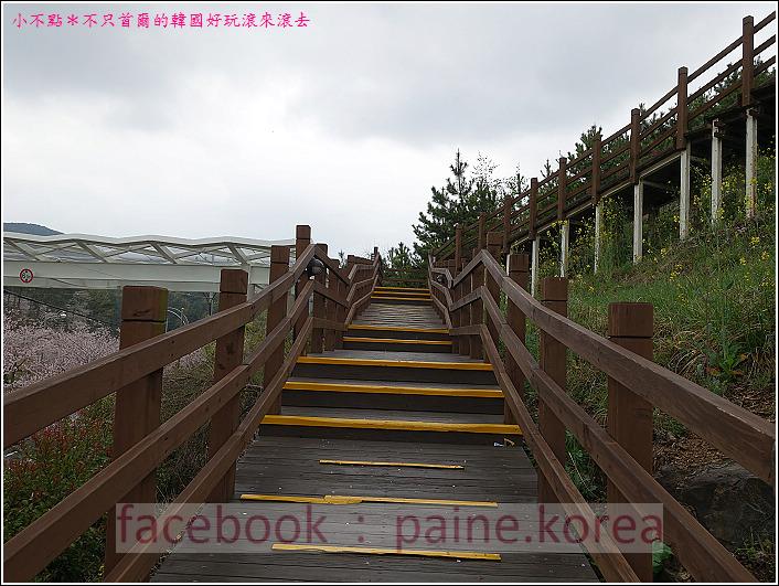 統營彌勒山閑麗水道纜車 (7).JPG