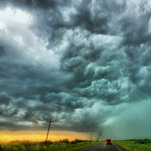 Perfect road trip weather! #Texas #roadtrip #storms #momentlens #momentwide #makemoments #clouds #BellusPhoto.com