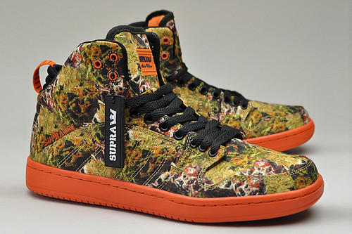 THE RADDEST WEED THEMED SNEAKERS 3