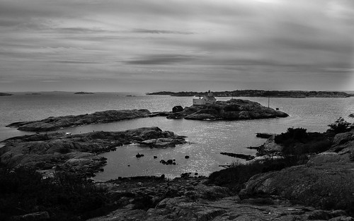 ocean sea lighthouse seascape norway backlight coast later islets hvaler skerries skjærhalden kirkøy homlungen