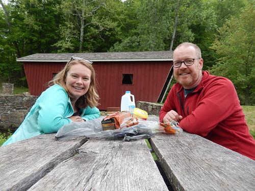 Kent Falls State Park - picknick bij covered bridge