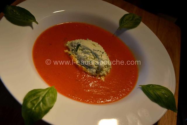 Velouté deTomate et sa Crème de Mozzarella au Basilic © Ana Luthi Tous droits réservés 12