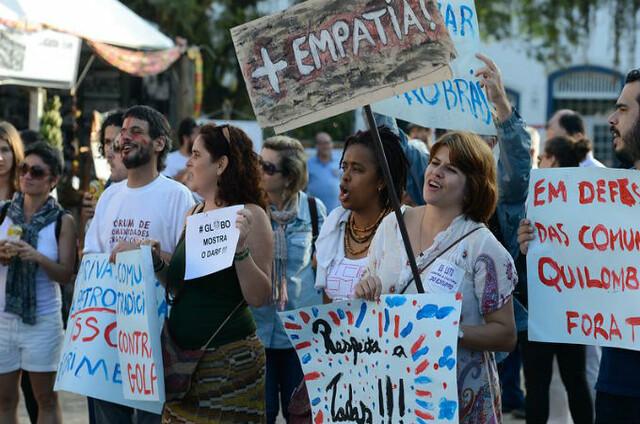 Chamado de Ocupa Flip, o protesto denunciou violações de direitos das comunidades tradicionais e se posicionou contra o governo interino de Michel Temer - Créditos: Tomaz Silva/ABr