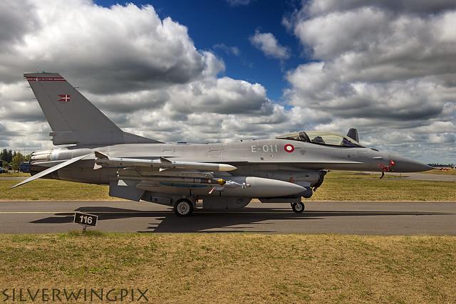 E011 - F-16 - RDAF - KAR