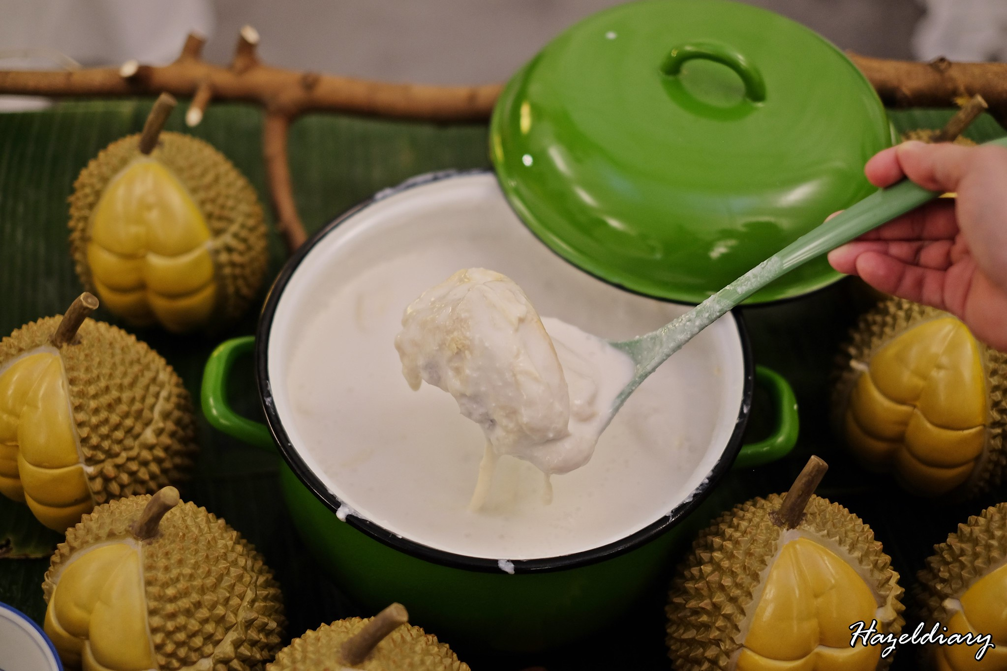 [SG EATS] Taiwan Porridge Fare At Coffee Lounge & Durian Fiesta 2019| Goodwood Park Hotel