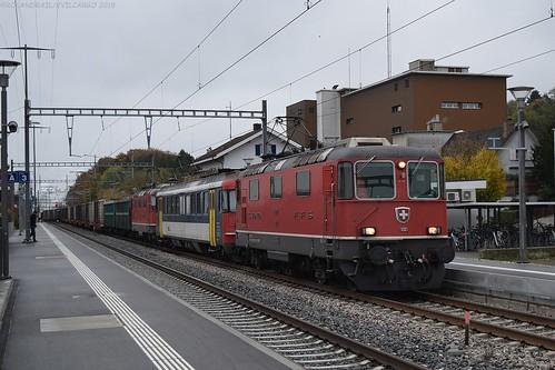 SBB Re 420 121 + DSF Re 540 074 + SBB Re 420 113 @ Islikon