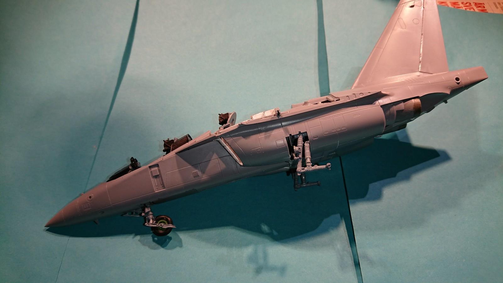 Ett par tumvantar - Yak-130 Mitten - Zvezda 1/48 - Sida 3 40110459773_390b26de32_h