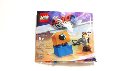 The LEGO Movie 2 Lucy vs. Alien Invader (30527)