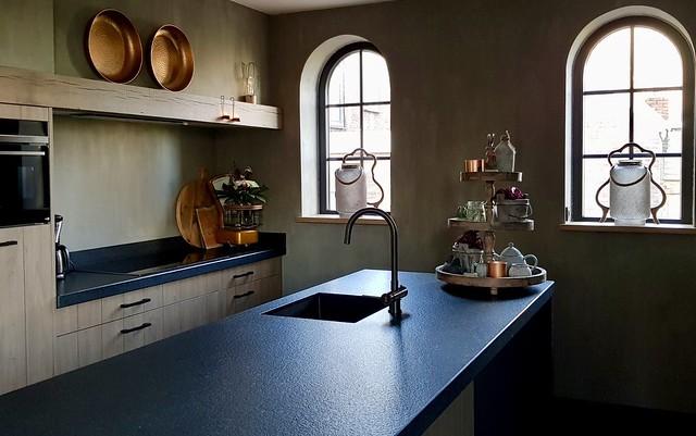 Landelijke keuken boogramen Kempische stijl