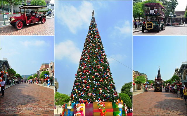 Christmas Tree at Main Street Hong Kong Disneyland