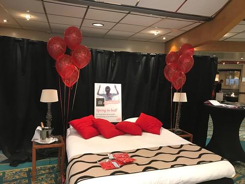 Tafeldecoratie 5ballonnen Gronddecoratie Valentijnsdag Huwelijksaanzoek Carlton Oasis Hotel Spijkenisse