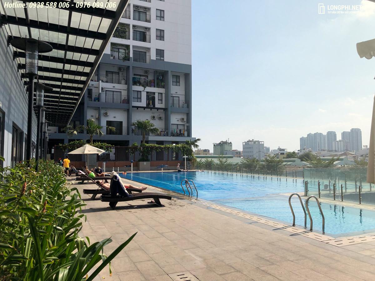 Hồ bơi tại dự án căn hộ Masteri M-one quận 7.