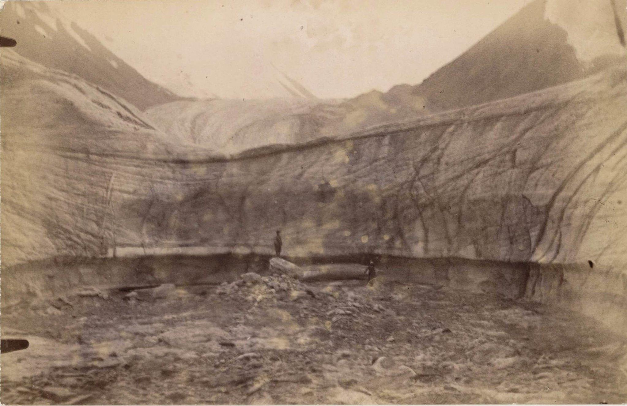 09. Ледники гор Хан-Тенгри. Ледник Мушкетова