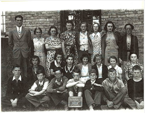PB17 11A Photo of classmates Sr. room 1938 Brenton Hellyer