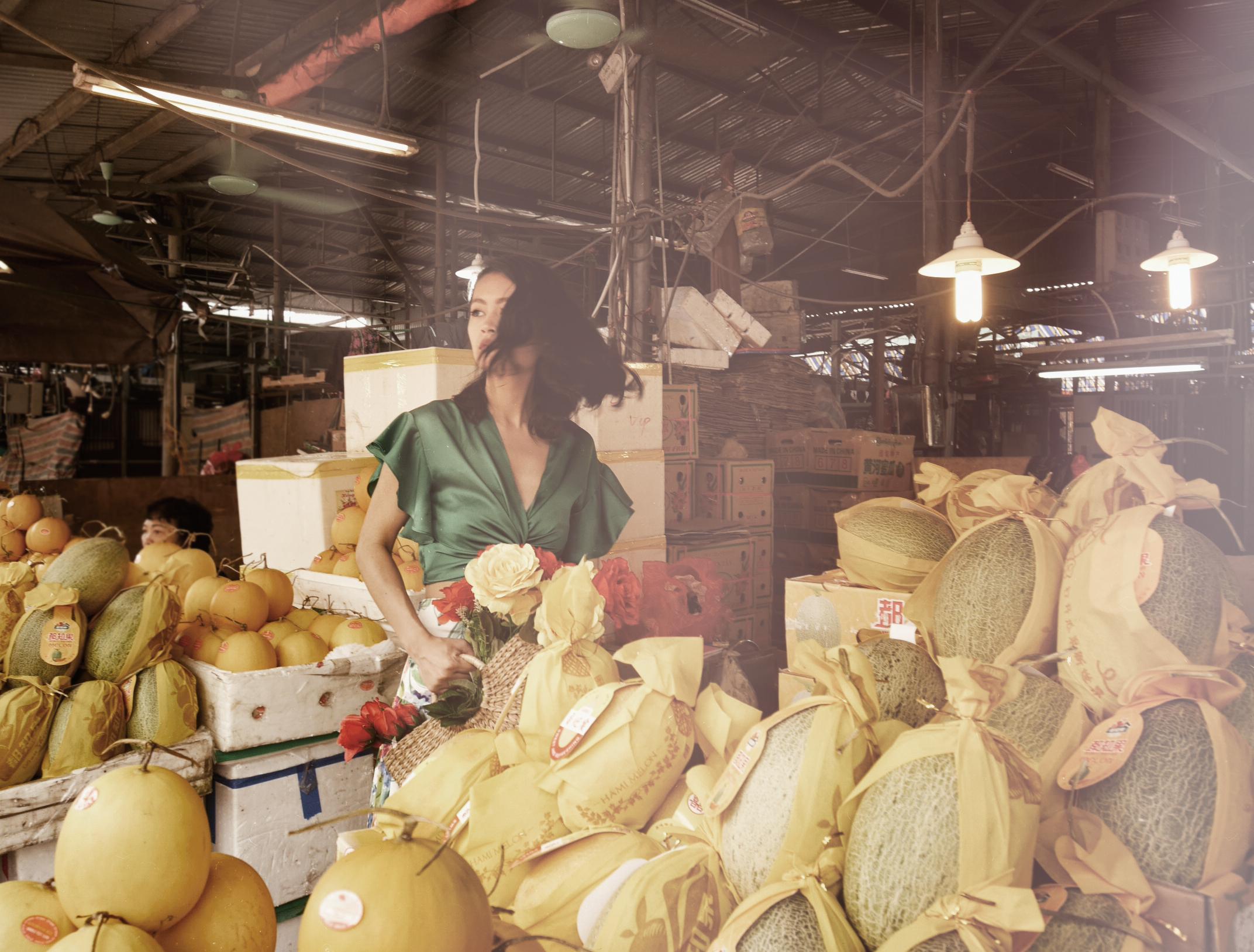 Xita-Long-Bien-market-1