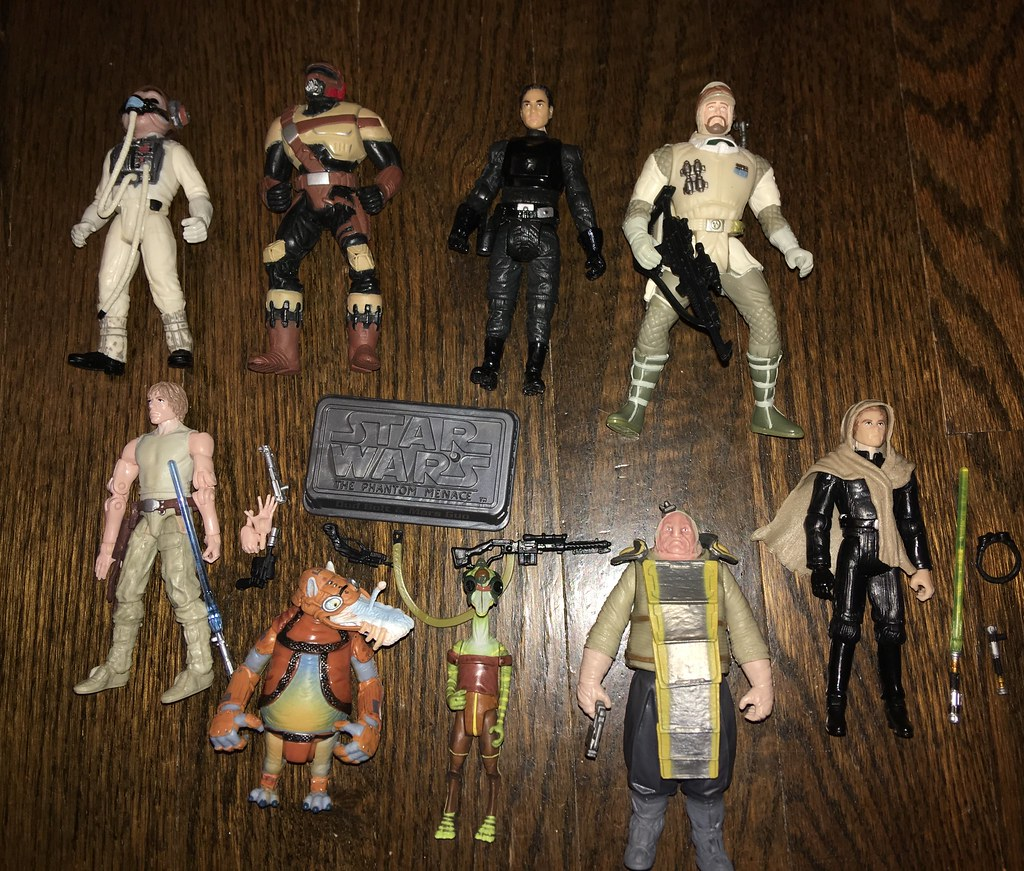 Lots of Star Wars figures for Jabba's Barge  I'll use some