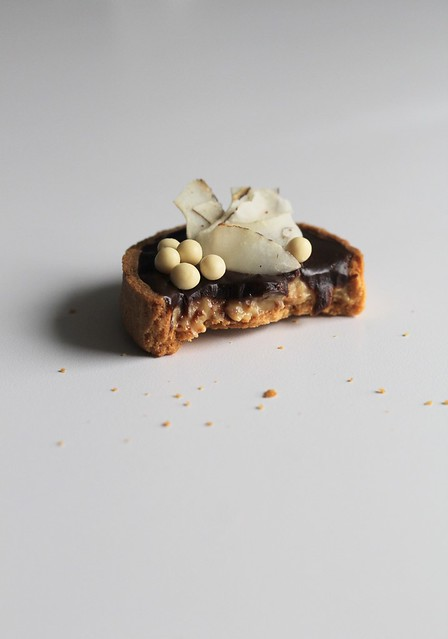 chocolate-coconut tart