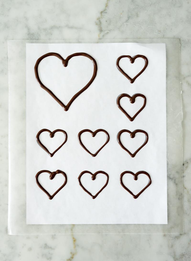 Valentine's Day Chocolate Raspberry Cake www.pineappleandcoconut.com