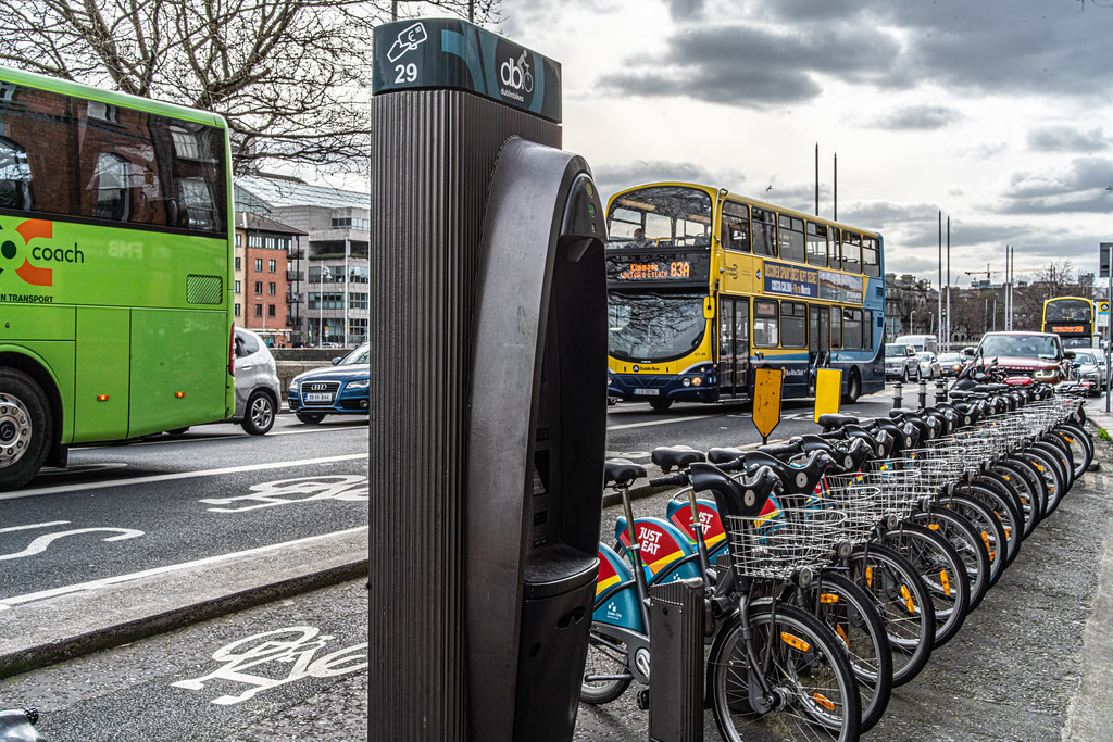 DUBLINBIKES DOCKING STATION 29 ON ORMOND QUAY - AT GRATTAN BRIDGE 004