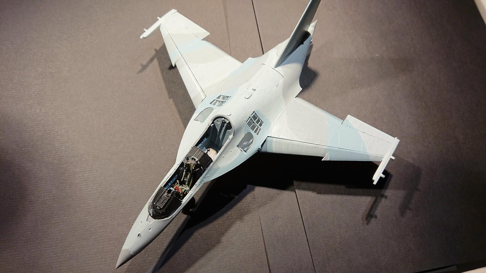 Ett par tumvantar - Yak-130 Mitten - Zvezda 1/48 - Sida 4 47146263072_b35a268202_h