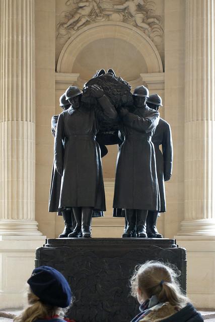 Marechal Foch tomb, Hôtel des Invalides