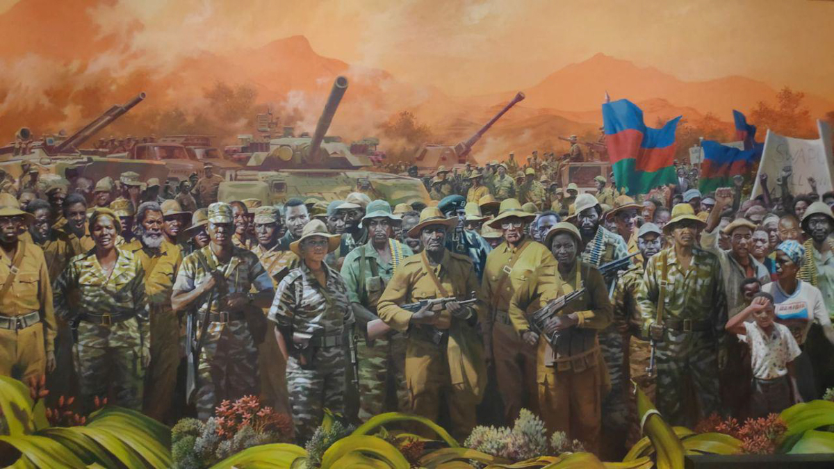 Canciller Arreaza rinde tributo al pueblo de Namibia ante el Museo de la Independencia de Windhoek