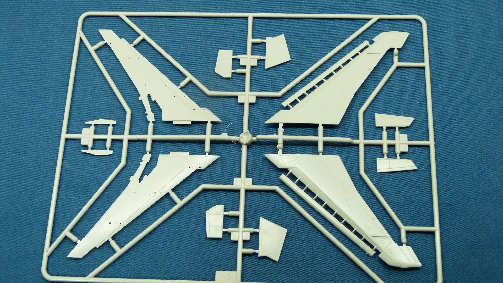 YGBSM, F-100F Wild Weasel I 32438524957_3d13bda271_o