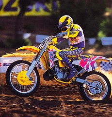 1992 Bob Hannah on the new Suzuki RM250 - Suzuki pic 2