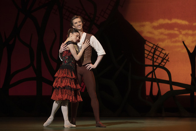 Marianela Nuñez as Kitri and Vadim Muntagirov as Basilio in Don Quixote, The Royal Ballet © 2019 ROH. Photograph by Andrej Uspenski