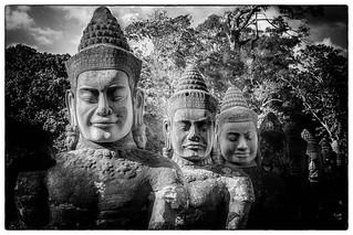 Divines rencontres. Angkor Vat, Cambodge.
