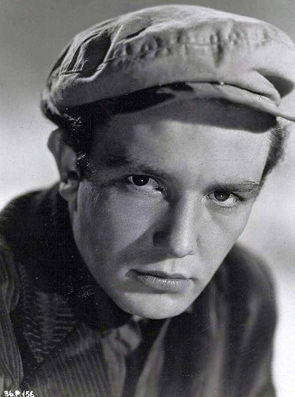 Albert Finney - Photo 2