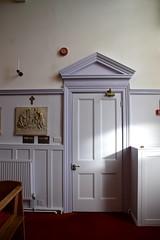 institute door (1855)