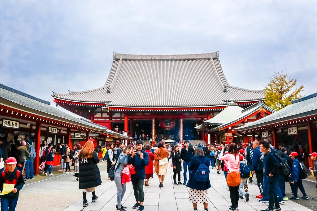 tokyo-sensoji-temple-alexisjetsets-5