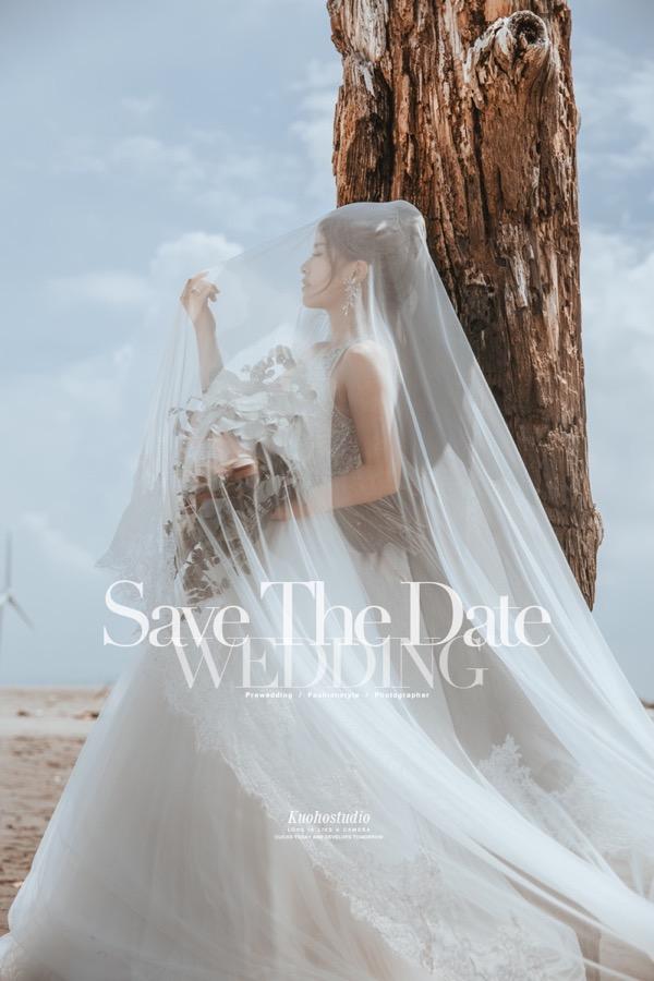 台中婚紗攝影,台中自助婚紗,台北自助婚紗,婚紗攝影,郭賀影像,婚紗禮服,全球旅拍,海灘婚紗,沙灘婚紗,海邊拍婚紗