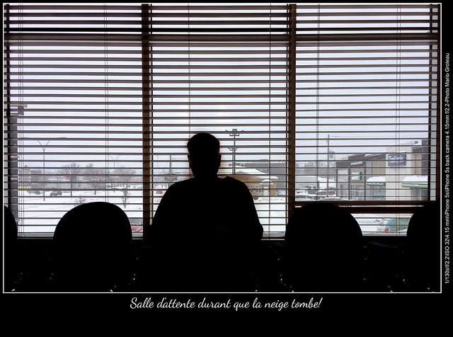 Salle d'attente durant que la neige tombe!