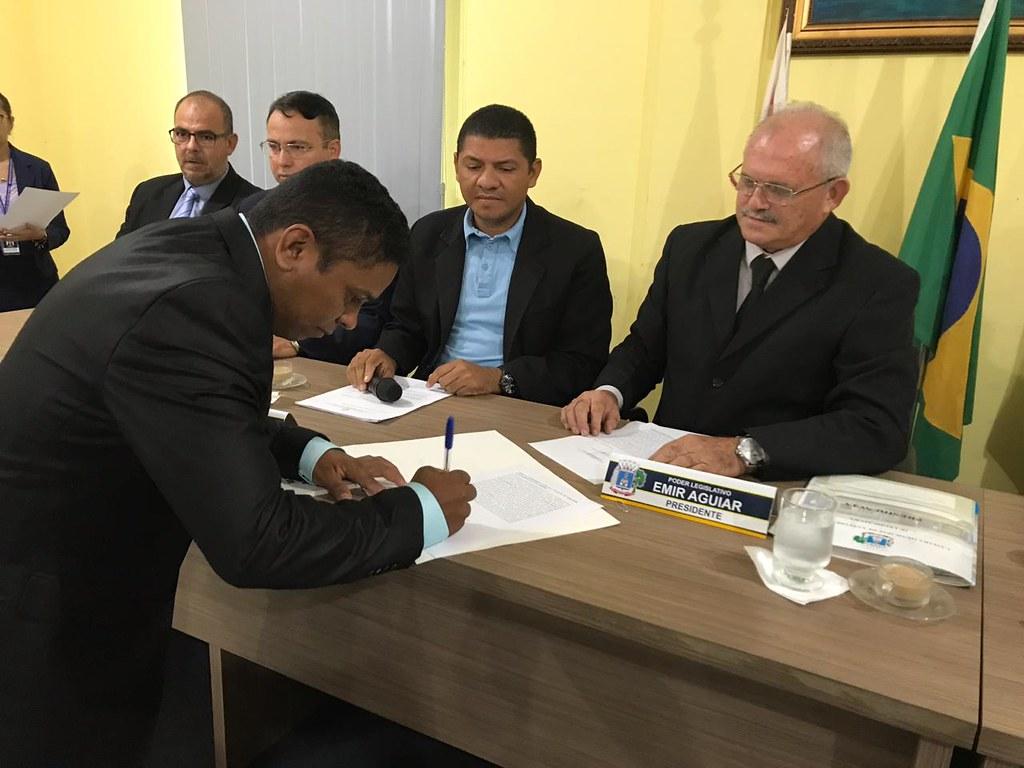 Primeiro suplente do PSL assume vaga de vereador cassado pelo TRE do Pará, Posse de Jackson do Folclore na Câmara de Santarém