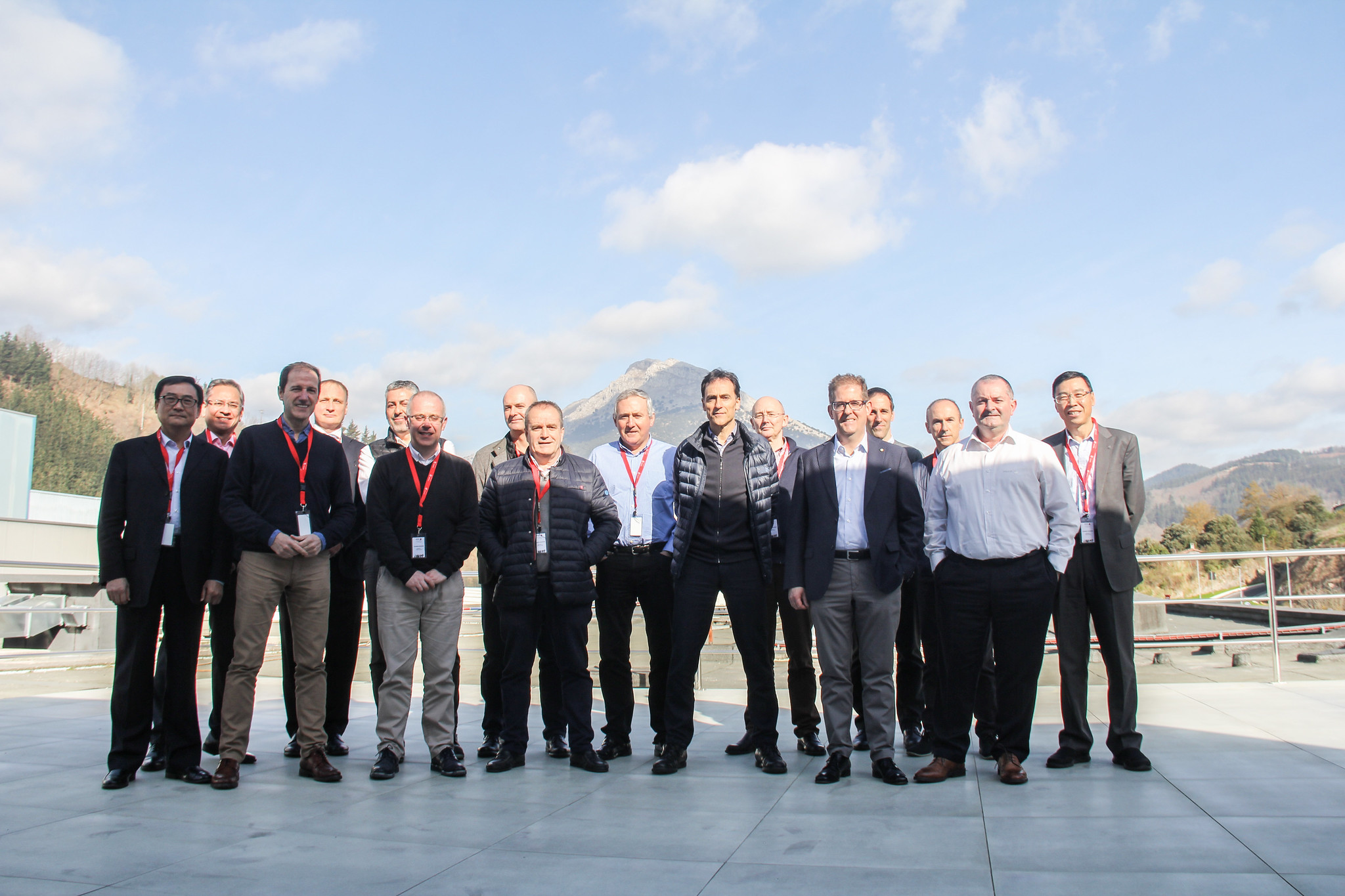 Reunión del Consejo Industrial de Corporación MONDRAGON y visita a las instalaciones de Fagor Arrasate