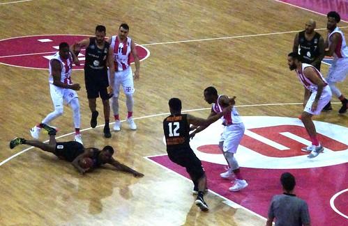 Telekom Baskets Bonn 105:98 Mitteldeutscher BC
