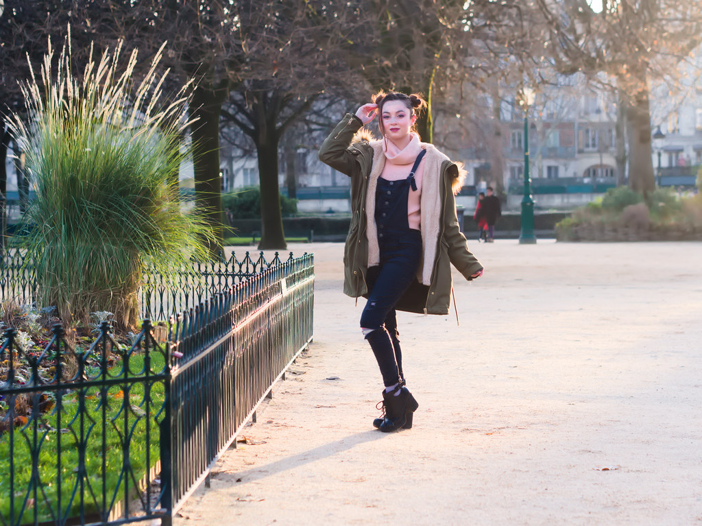 related image - Shooting Casual Kuroe - Bords de Seine - Paris -2018-12-17- P1444524