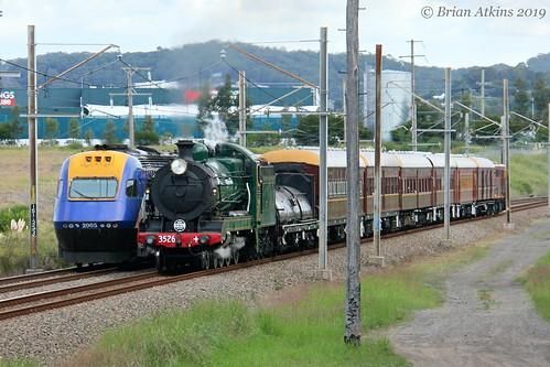 IMG_7016 XP2000 XP2005 NT36 cross 3526 Train 4490 6S65 Argenton 12.4.19_1