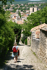 the red bag - Photo of Revest-Saint-Martin
