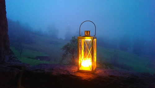 IMAG0704 Laterne im Nebel