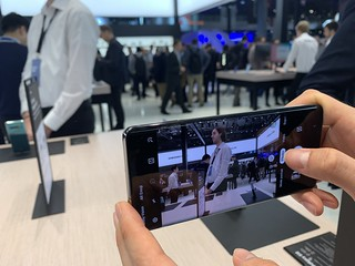 #mwc19 #smartphone #foldable | by servicesmobiles