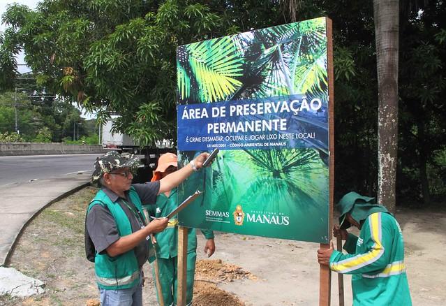 16.01.19 Operação da Prefeitura combate estacionamento irregular em margem do Igarapé do Mindu