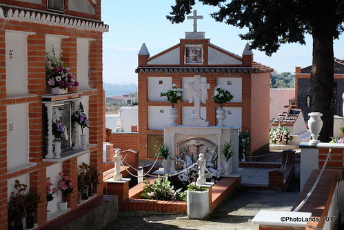 Cementerio de Cogollos Vega