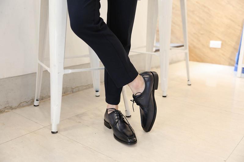 拍婚紗男鞋