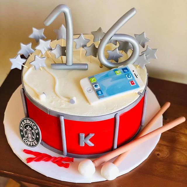 Cake by Bake A Cake Caren