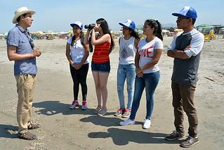 Un grupo de escolares realizó una jornada ambiental en un full day en la playa San Pedro y el campus de Pachacámac para conocer de cerca la fauna marina, principalmente a los depredadores superiores como aves marinas. El evento fue organizado por la carrera de Ingeniería Ambiental de la Universidad San Ignacio de Loyola (USIL).