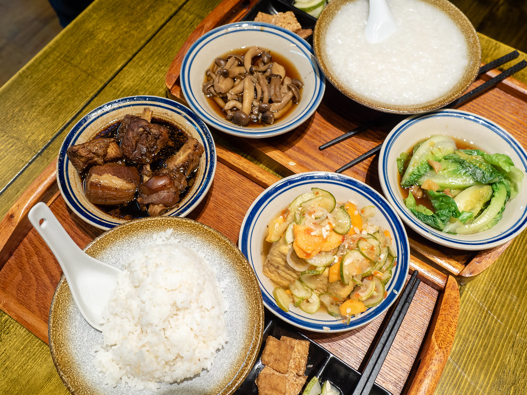 Healthy set meals at House of Pok (小猪猪) Jaya One