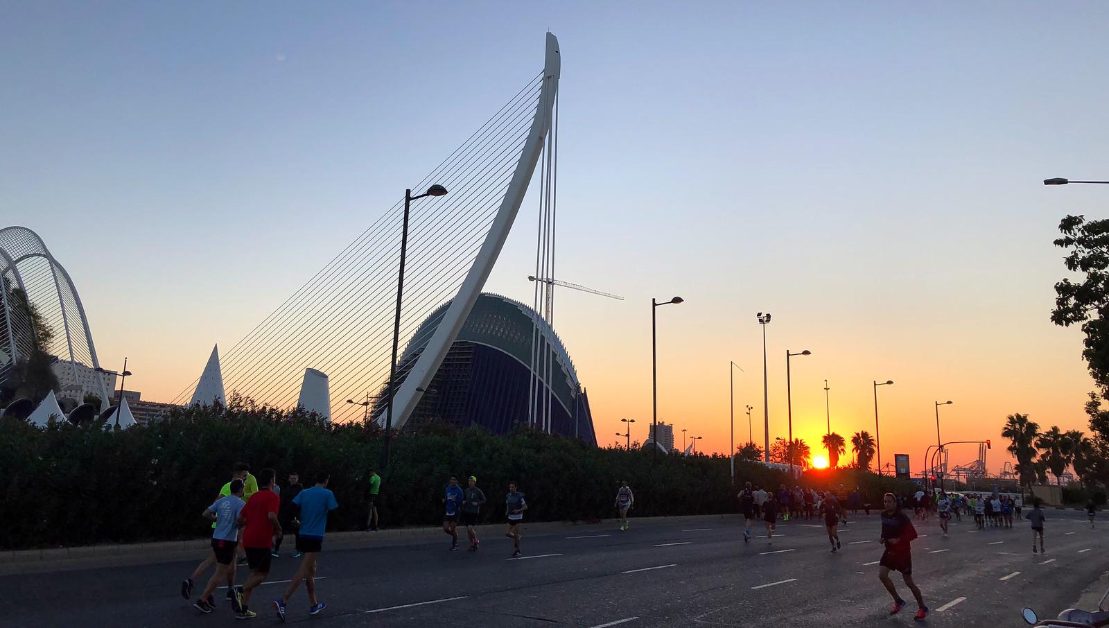 Correr el Maratón de Valencia, España - Marathon Spain maratón de valencia - 40234009863 a9468c02cb h - Maratón de Valencia: análisis, recorrido, entrenamiento y recomendaciones de viaje